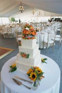 wedding cake in marquee
